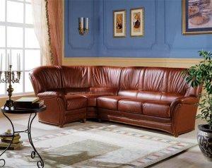 Преимущества кожаных диванов