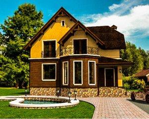 Особенности проектирования дома с мансардой